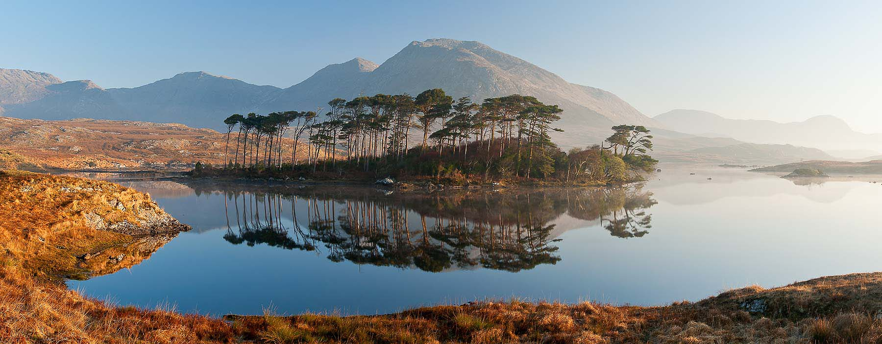 Derryclare-Lough-Tranquil-Dawn-Panoramic-Connemara-Ireland-Photographer