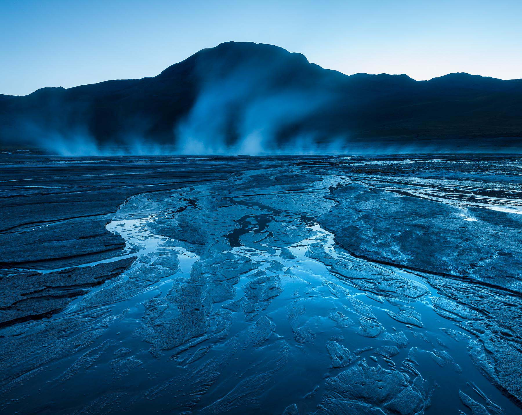 El-Tatio-Geyser-Dawn-Atacama-Desert-Chile-Photography