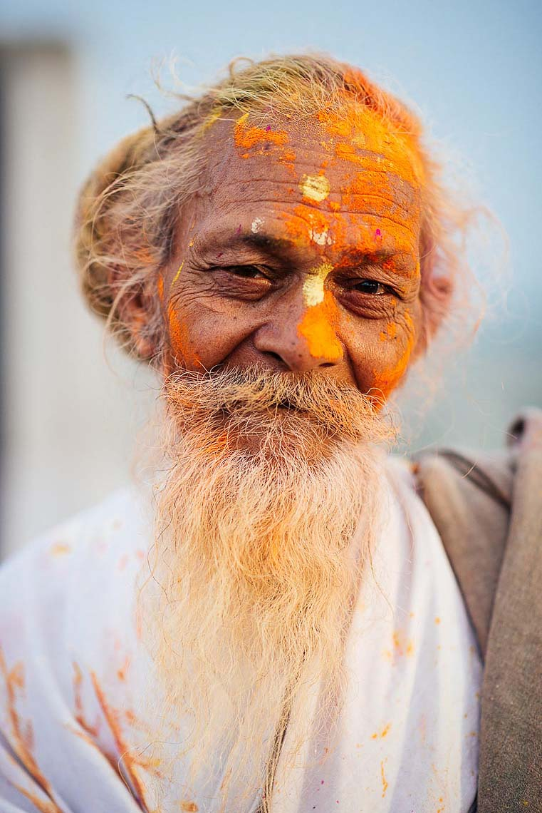 Indian-Man-Travel-Portrait-Holi-Festival-Colour-India-014