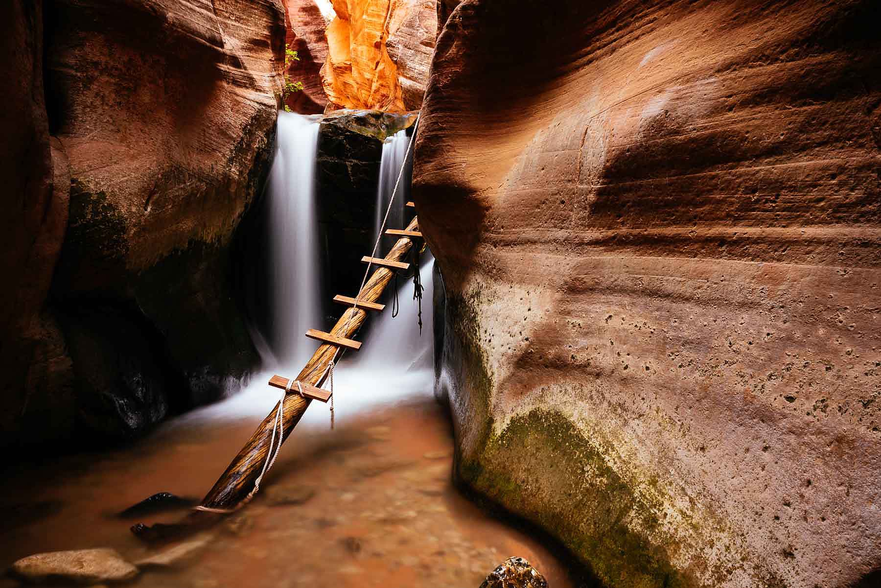 Kanarra-Creek-Canyon-Hike-Utah-USA-Landscape-Photography
