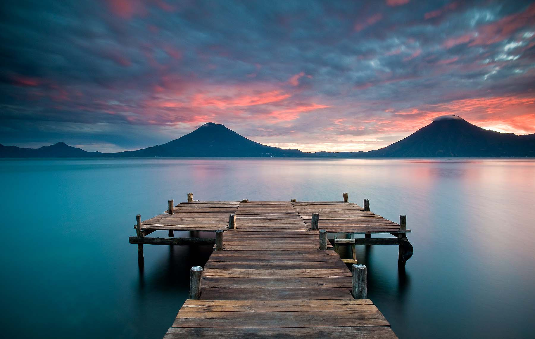 Laguna-Lake-Atitlan-Sunset-Highlands-Guatemala-Travel-Photographer
