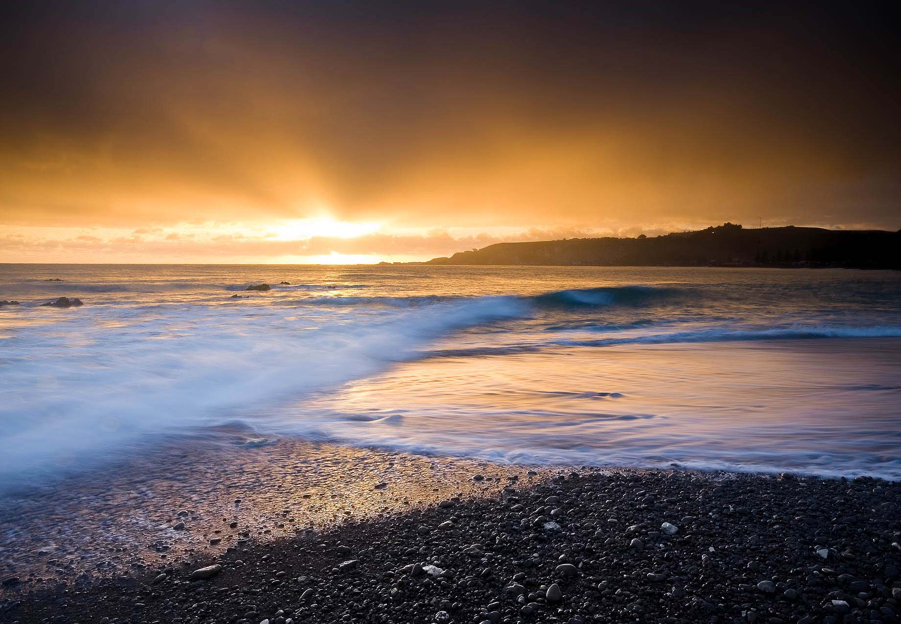 Sunset-Goochs-Beach-Kaikoura-South-Island-New-Zealand-Landscape