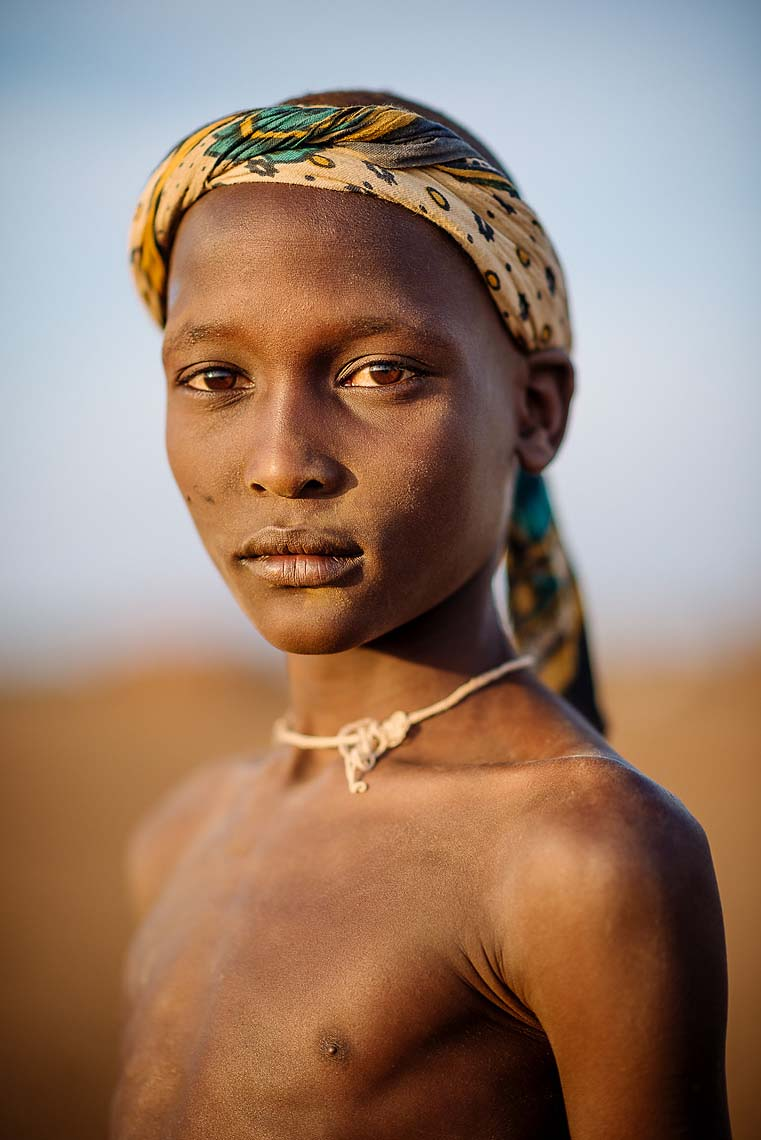 Yierkilem-travel-portrait-natural-light-dassenech-tribe-omorate-valley-ethiopia-africa-31