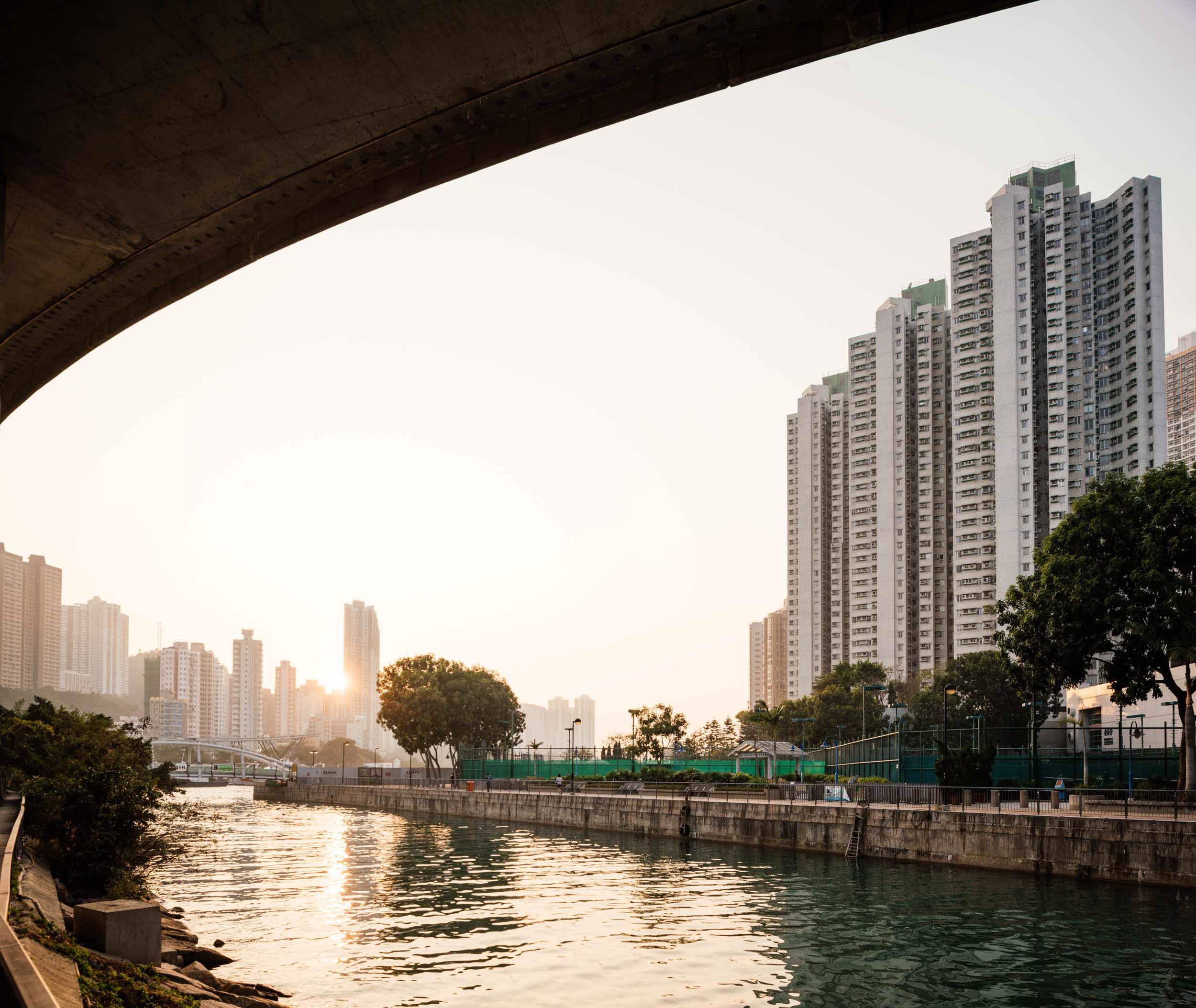aberdeen-harbour-sunset-architecture-river-hong-kong-china