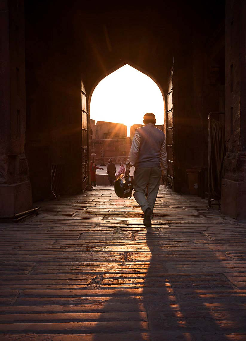 agra-fort-sunset-gate-uttar-pradesh-india-41