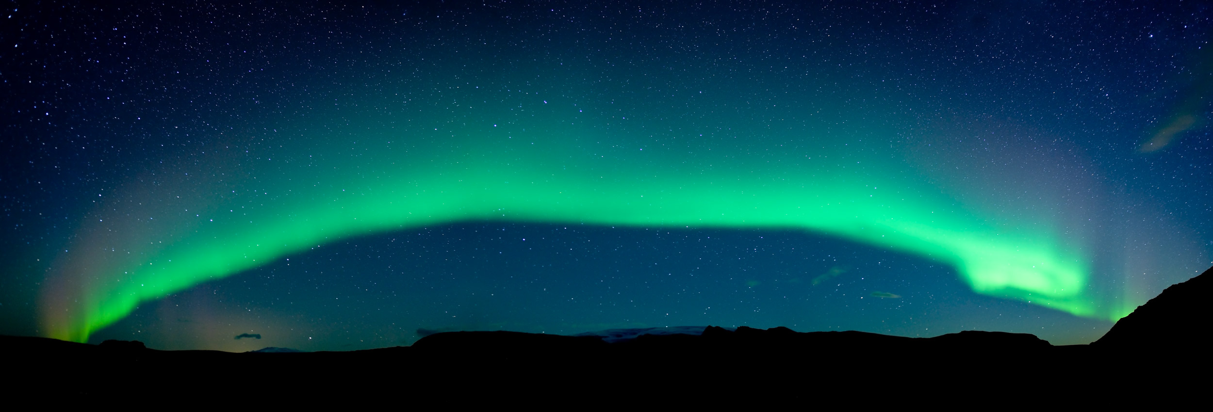 aurora-borealis-northern-lights-vik-panoramic-iceland