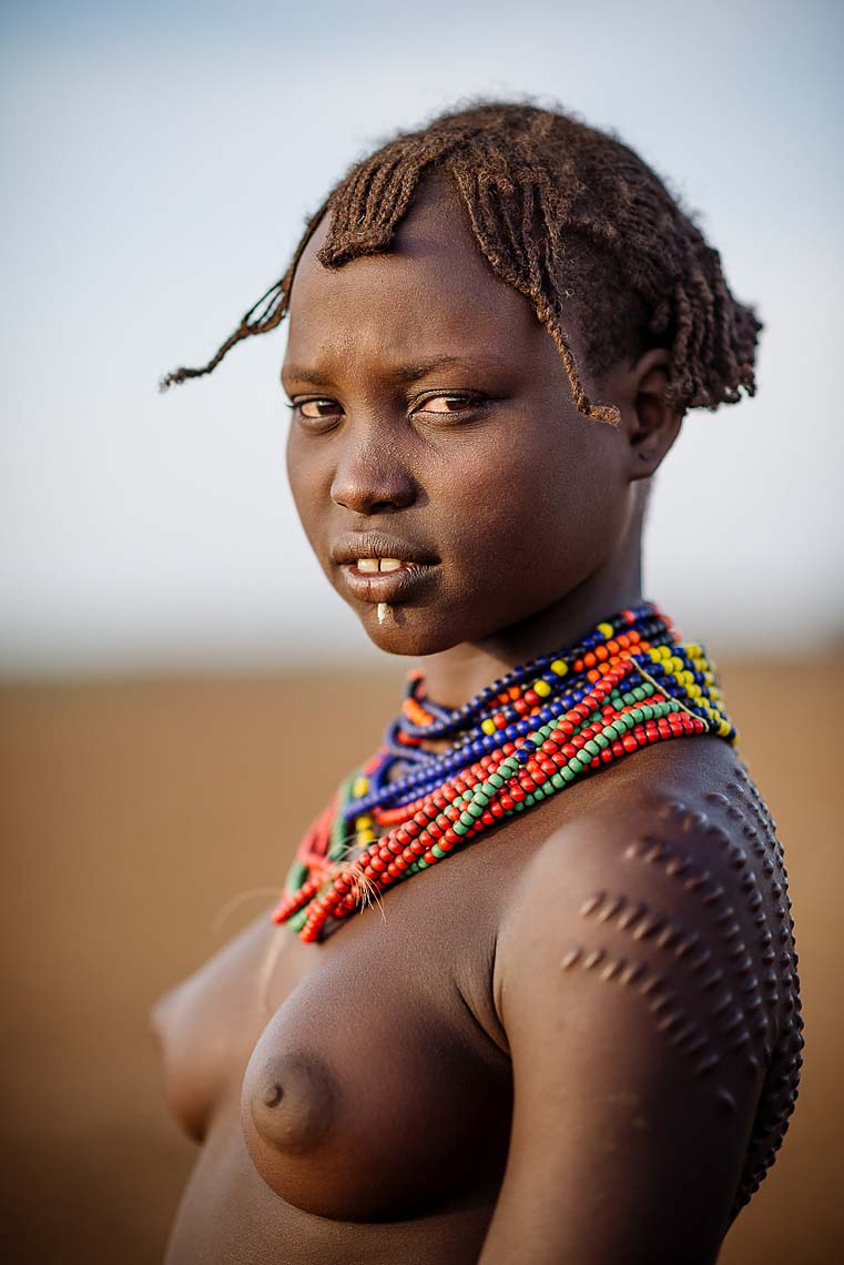 balte-girl-scarification-body-dassenech-tribe-salany-omo-valley-ethiopia-africa-19