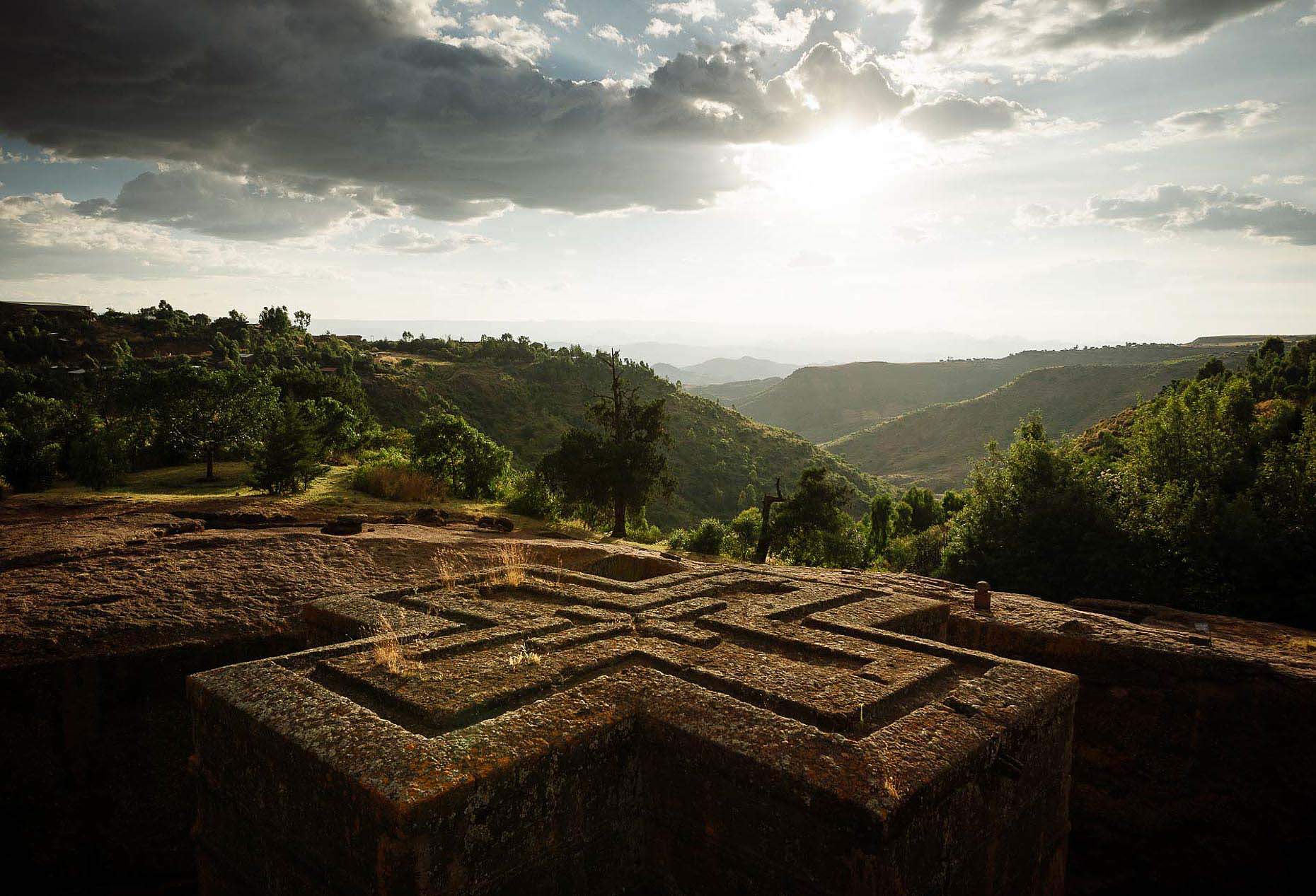 bet-giyorgis-church-rock-lalibela-unesco-site-travel-photography-ethiopia-33