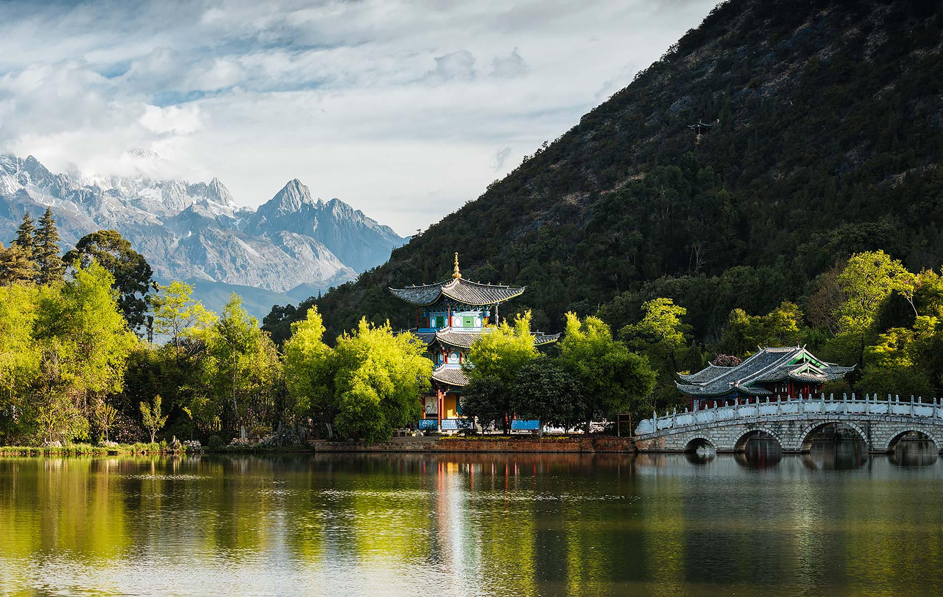 black-dragon-pool-jade-dragon-mountain-temple-lijiang-china-20