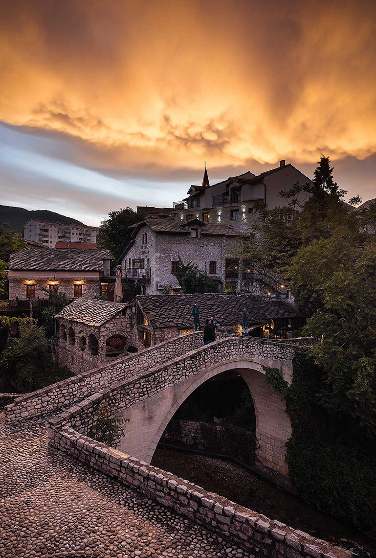 bridge-sunset-mostar-bosnia-hercegovina-balkan-travel-destination