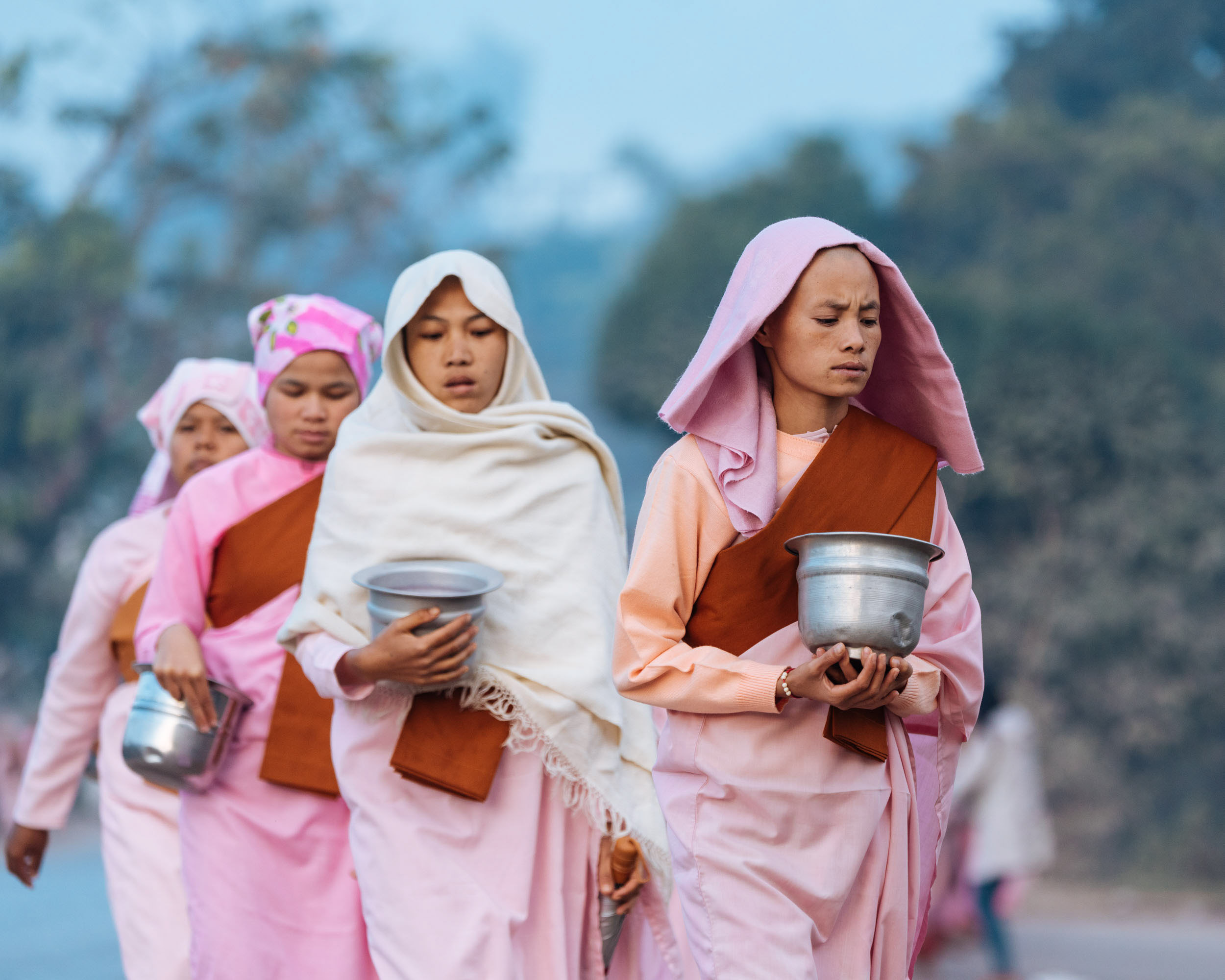 buddhist-nuns-alms-morning-dawn-collection-charity-hsipaw-shan-state-myanmar