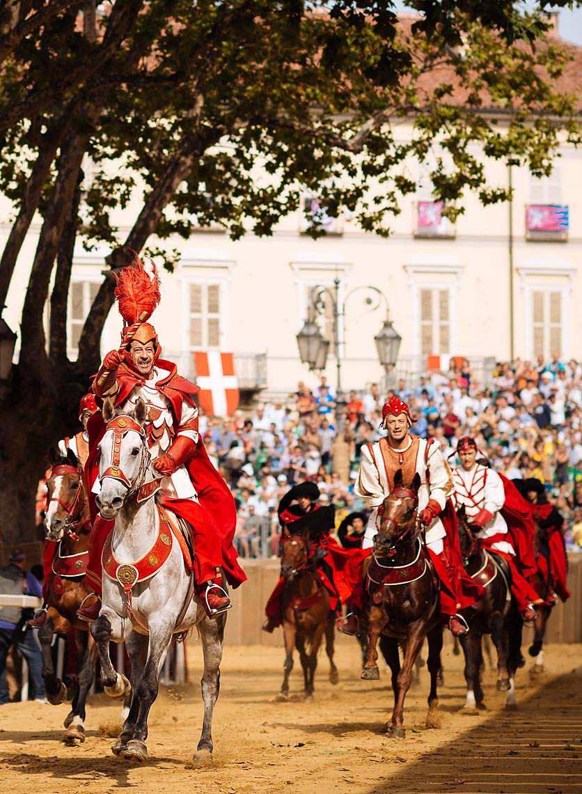 charge-horseback-medieval-palio-di-asti-piedmont-italy-18