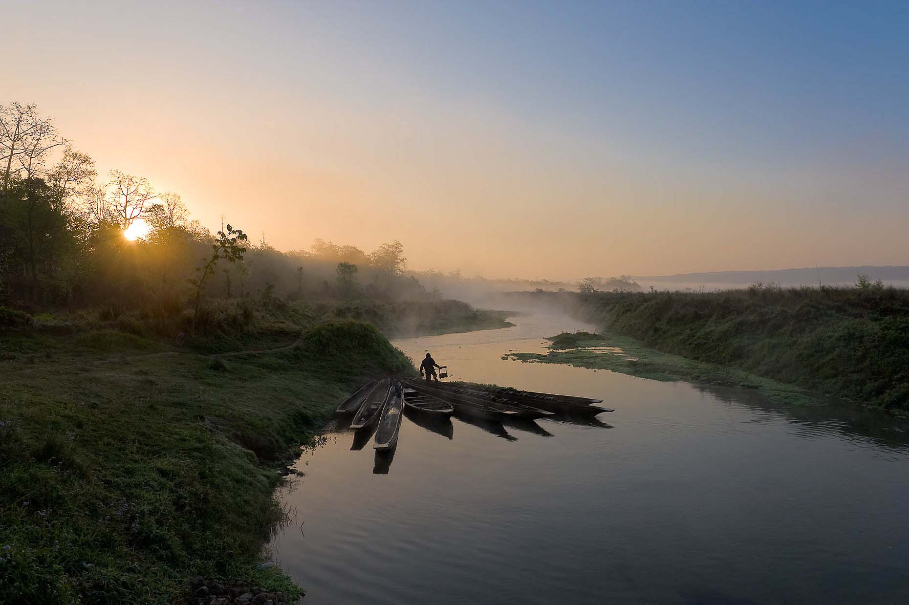 chitwan-national-park-dawn-river-tranquil-terai-nepal-29