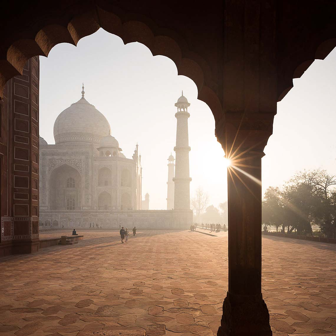 dawn-architecture-taj-mahal-agra-india-travel-02