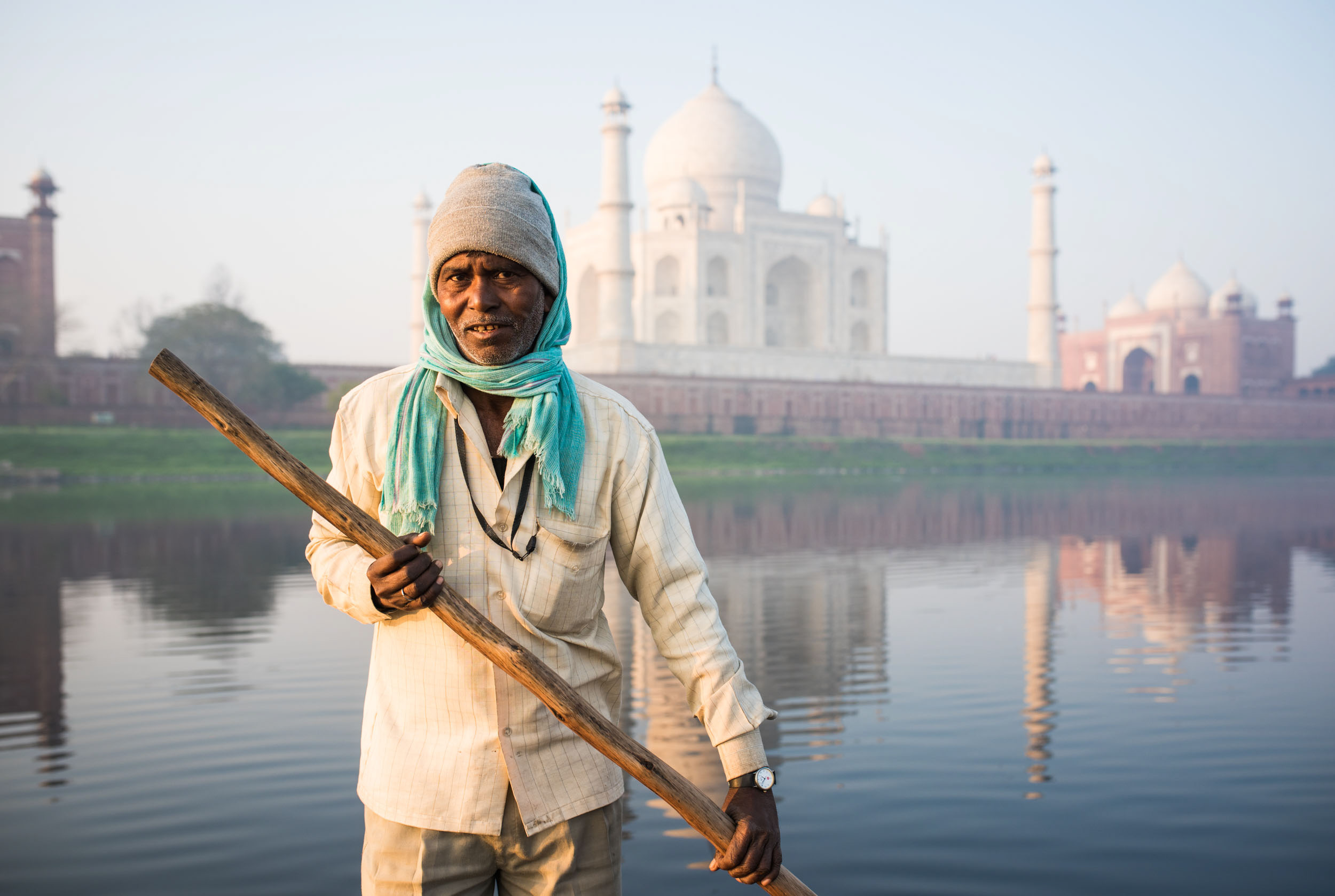 dawn-boatman-river-taj-mahal-agra-uttar-pradesh-india-travel-destination