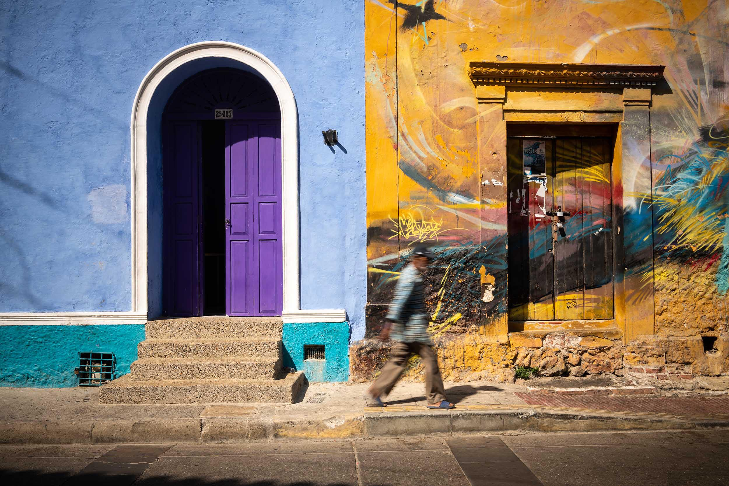 facade-getsemani-barrio-colour-street-travel-architecture-cartagena-colombia