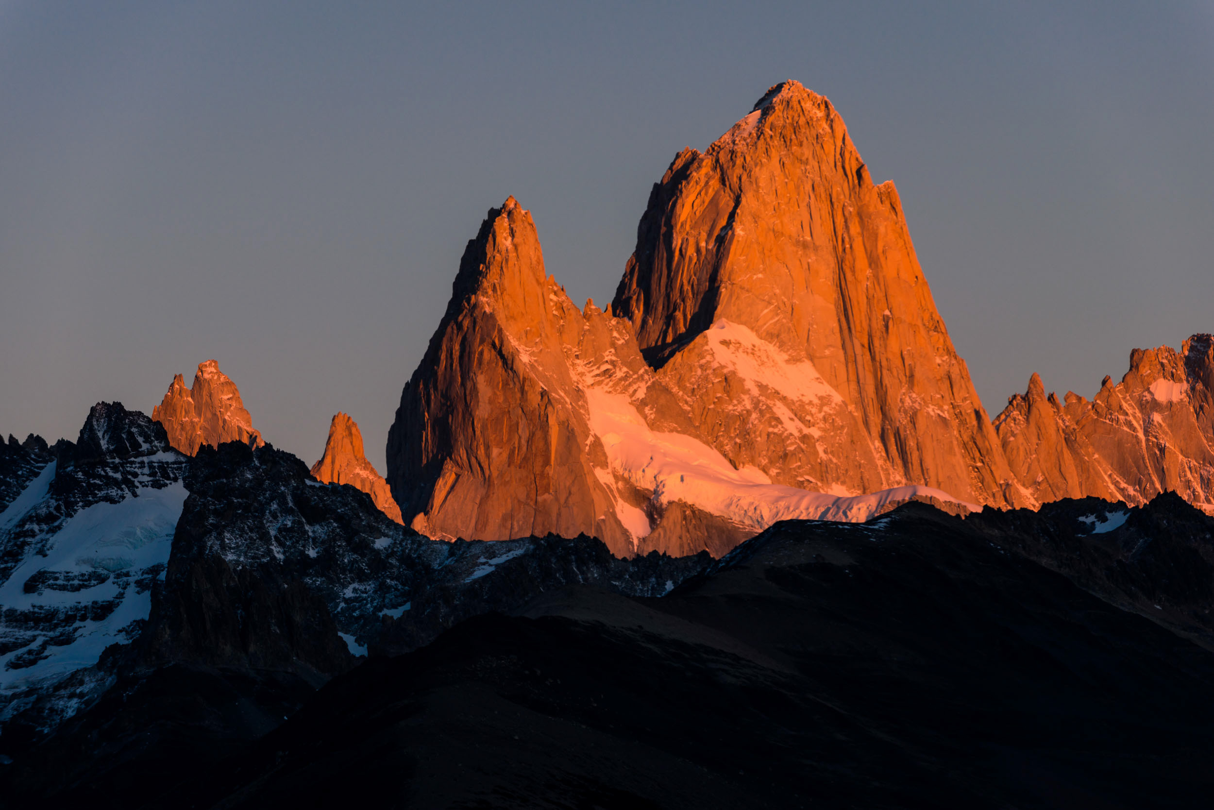 fitz-roy-mountain-range-los-glaciares-national-park-argentina