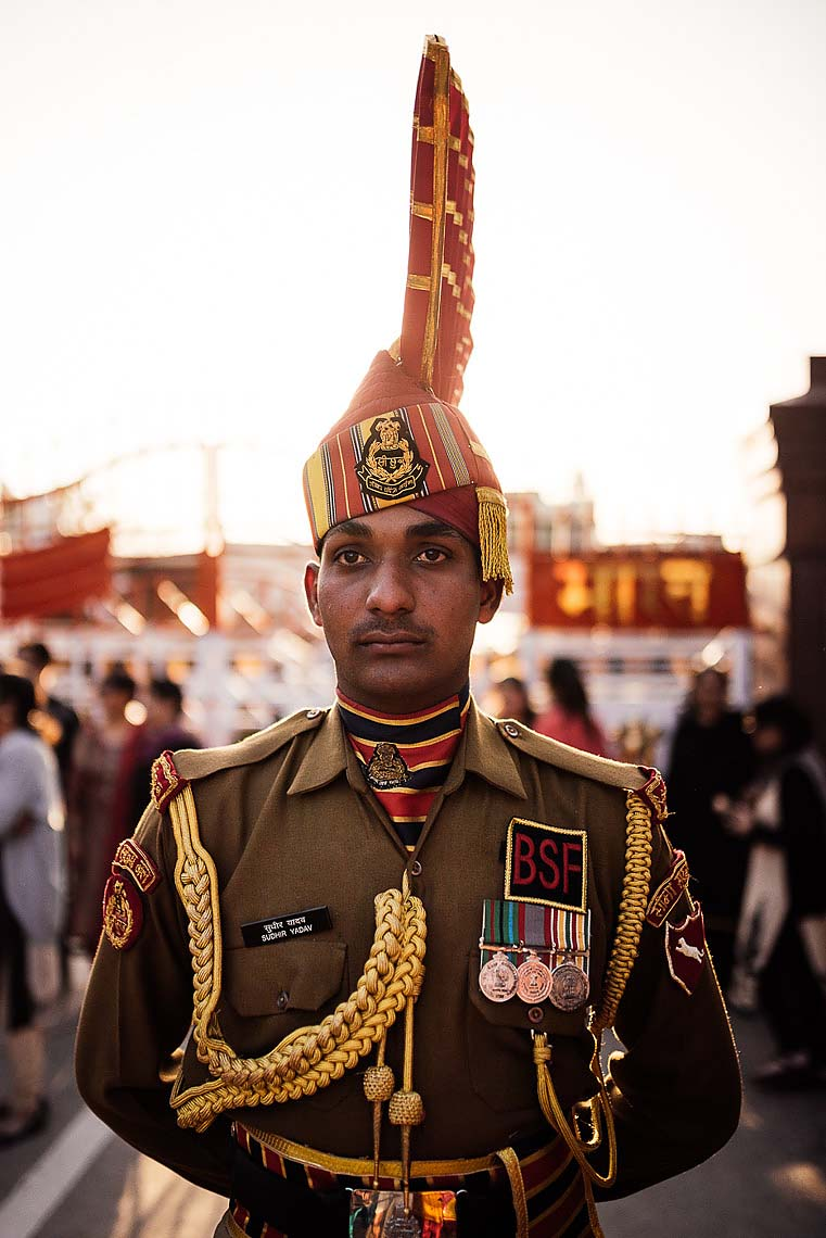 guard-wagha-border-india-pakistan-pubjab-sikh-08