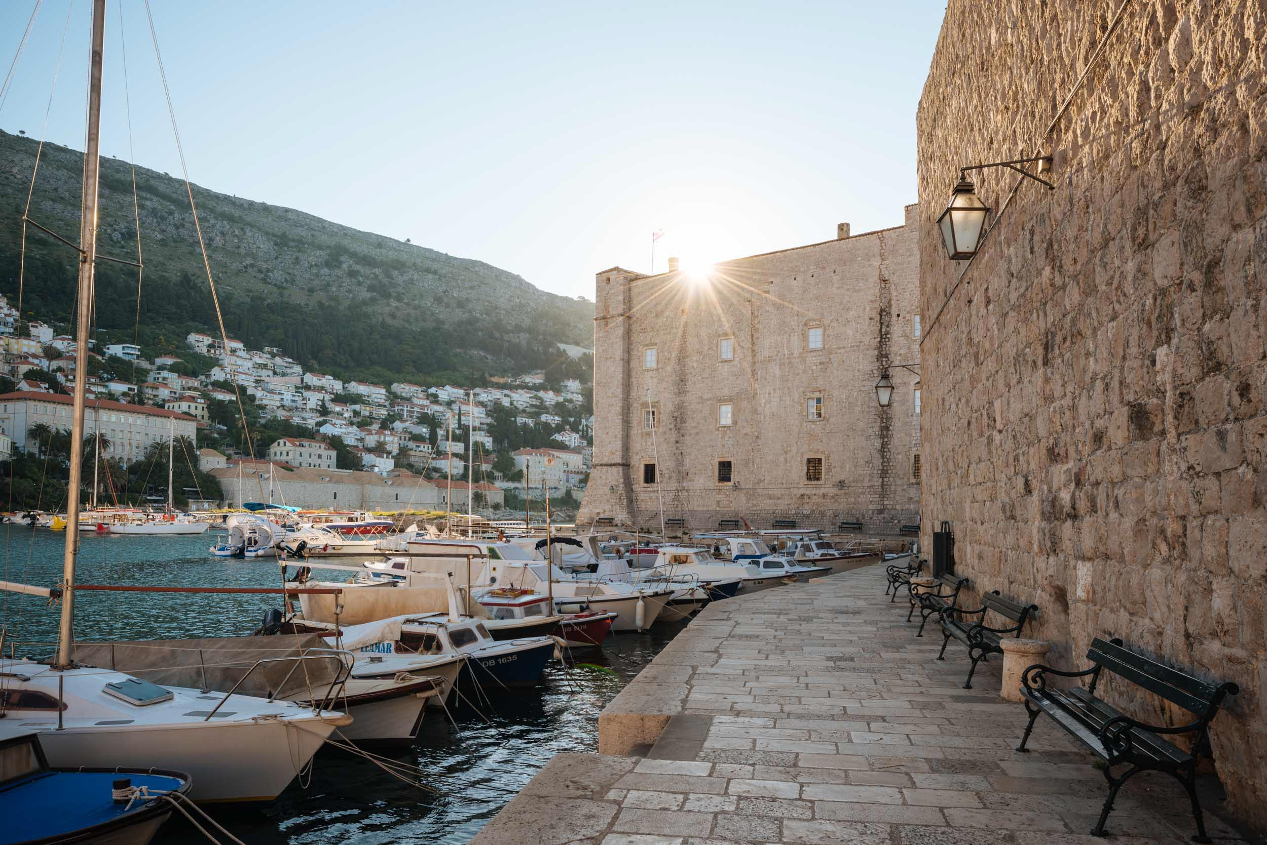 harbour-dawn-dubrovnik-croatia-balkan-travel-city-007