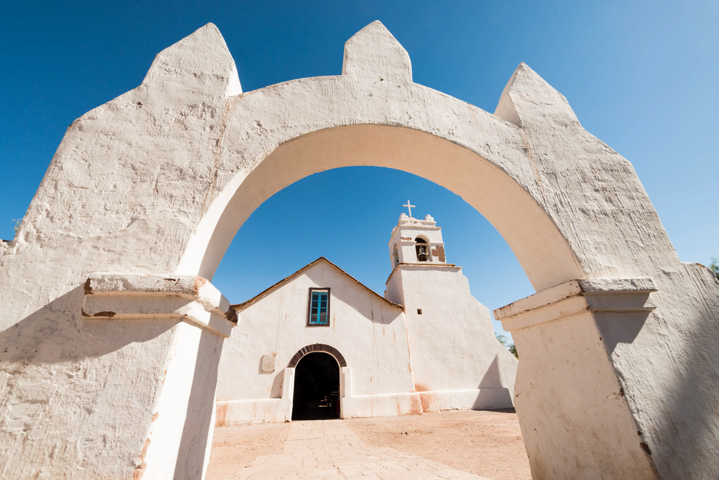 iglesia-church-san-pedro-atacama-chile-architecture