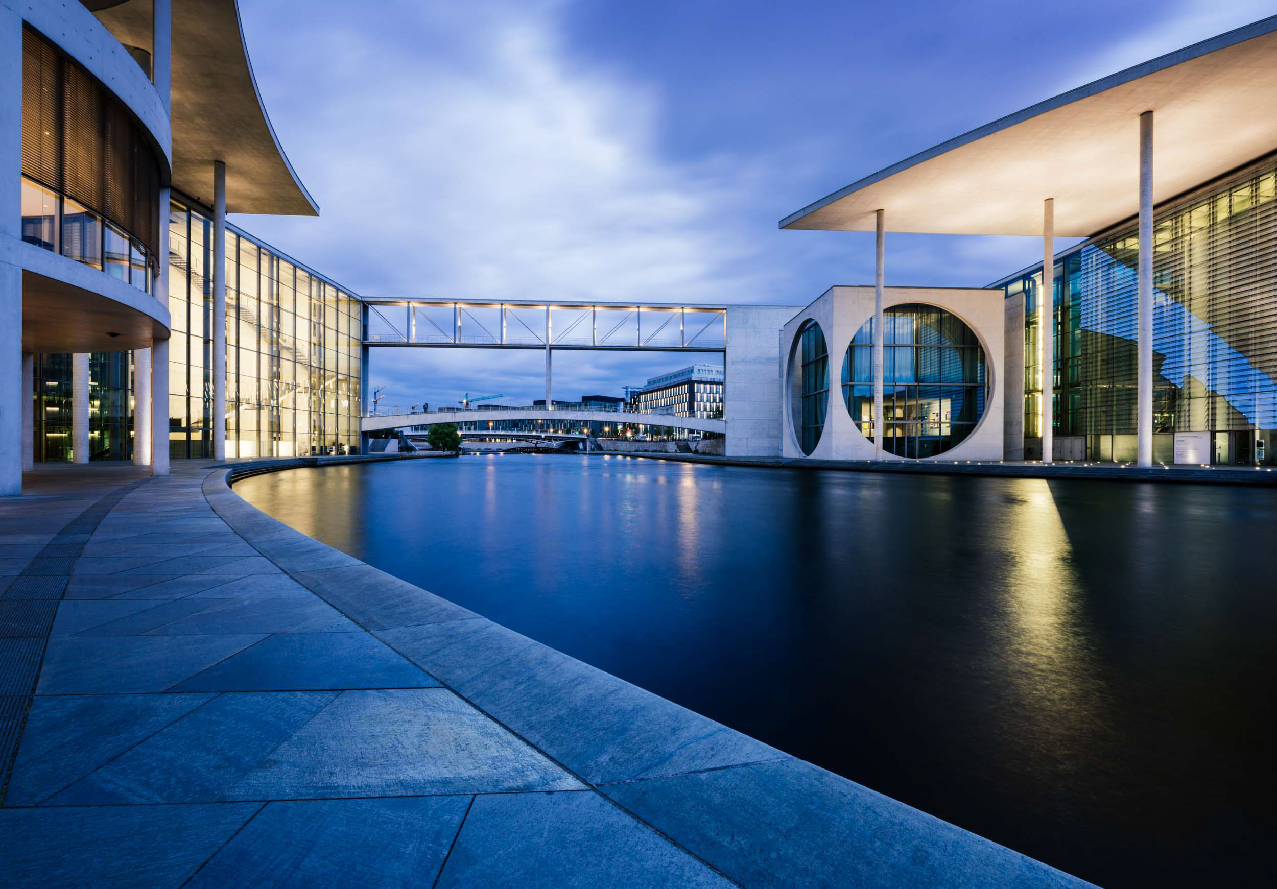 luders-haus-modern-architecture-berlin-germany-europe