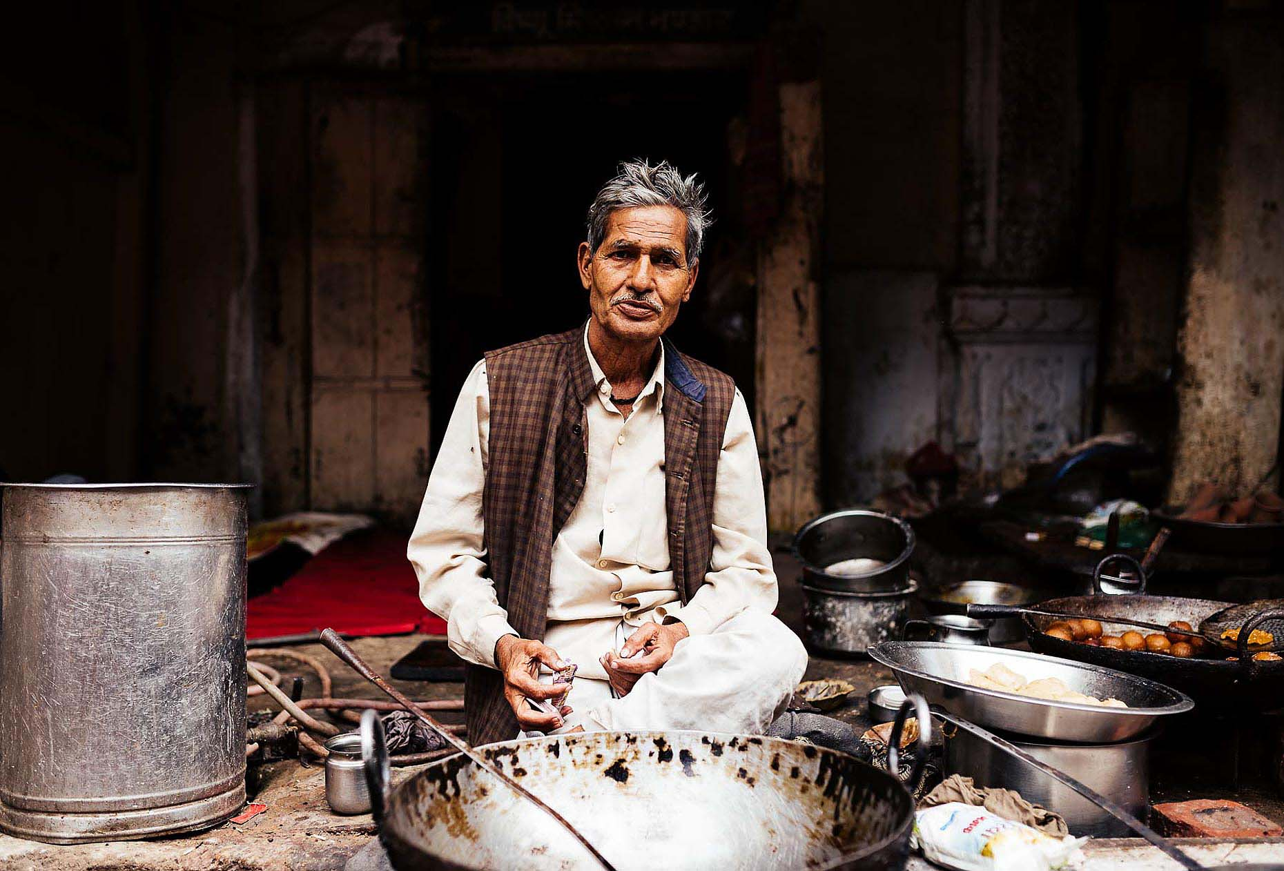 mathura-uttar-pradesh-travel-portrait-cook-09