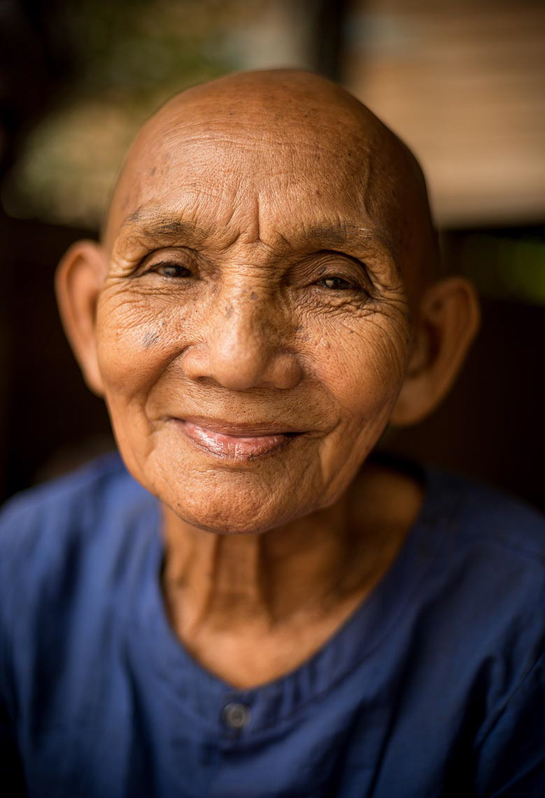 monastery-monk-portrait-photography-angkor-siem-reap-cambodia