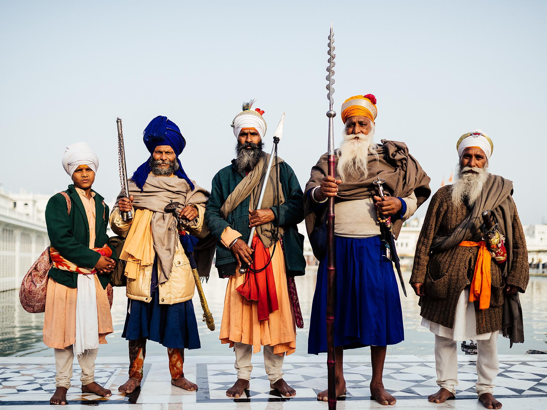 nihang-sikh-golden-temple-amritsar-punjab-india-travel-photographer-03