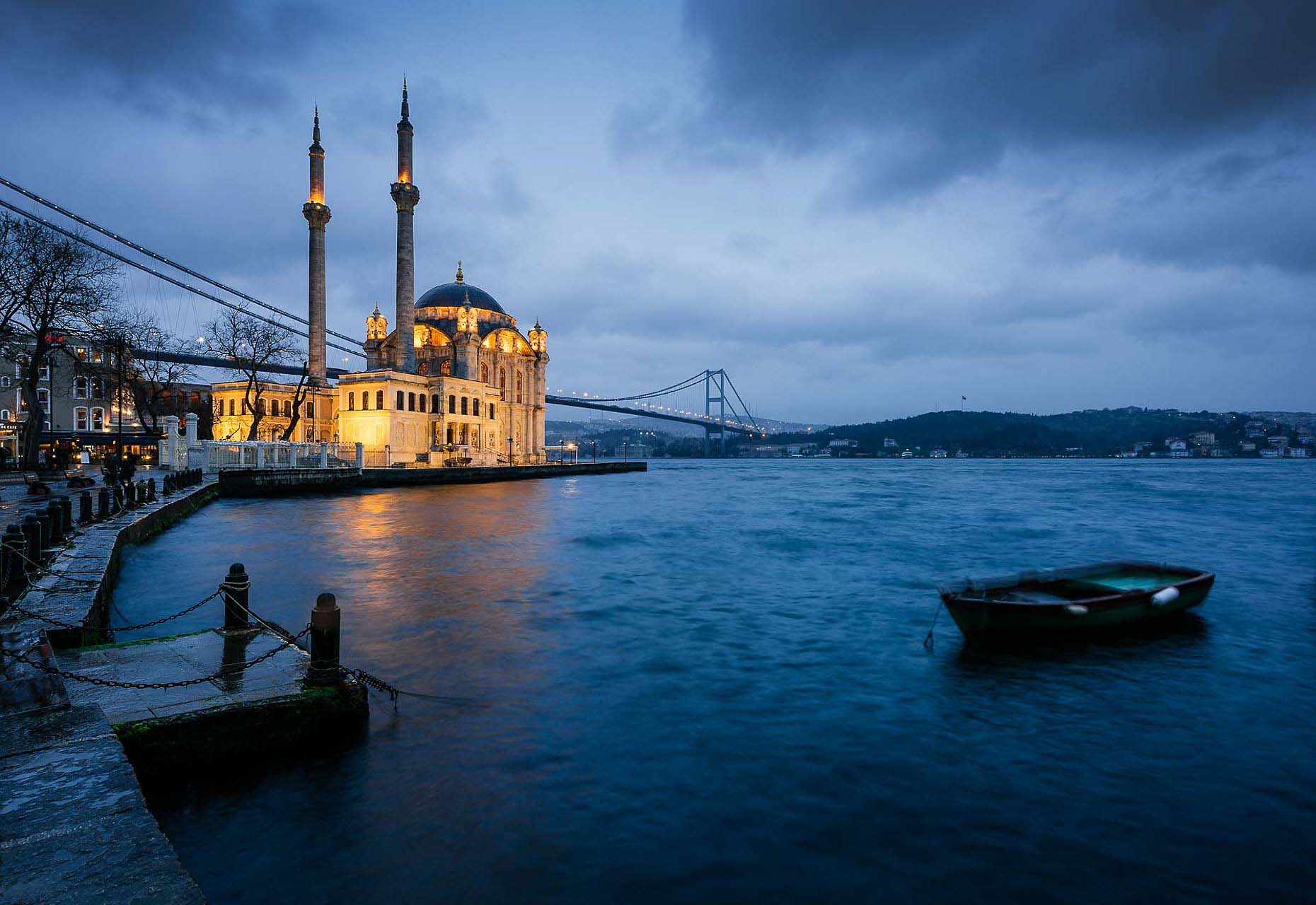 ortakoy-mosque-bhosphorus-bridge-twilight-istanbul-turkey-travel-photographer-20