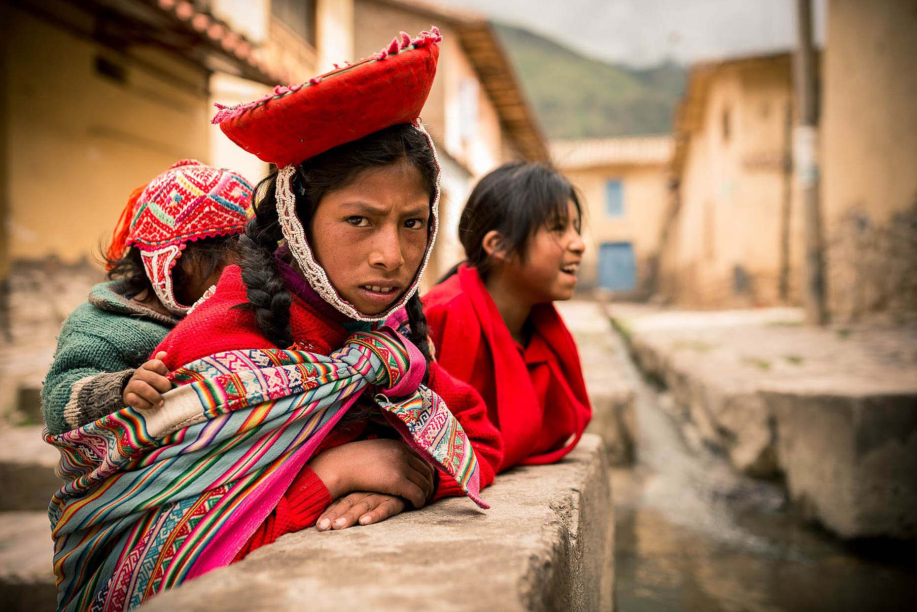 portrait-traditional-ollantaytambo-sacred-valley-peru-18