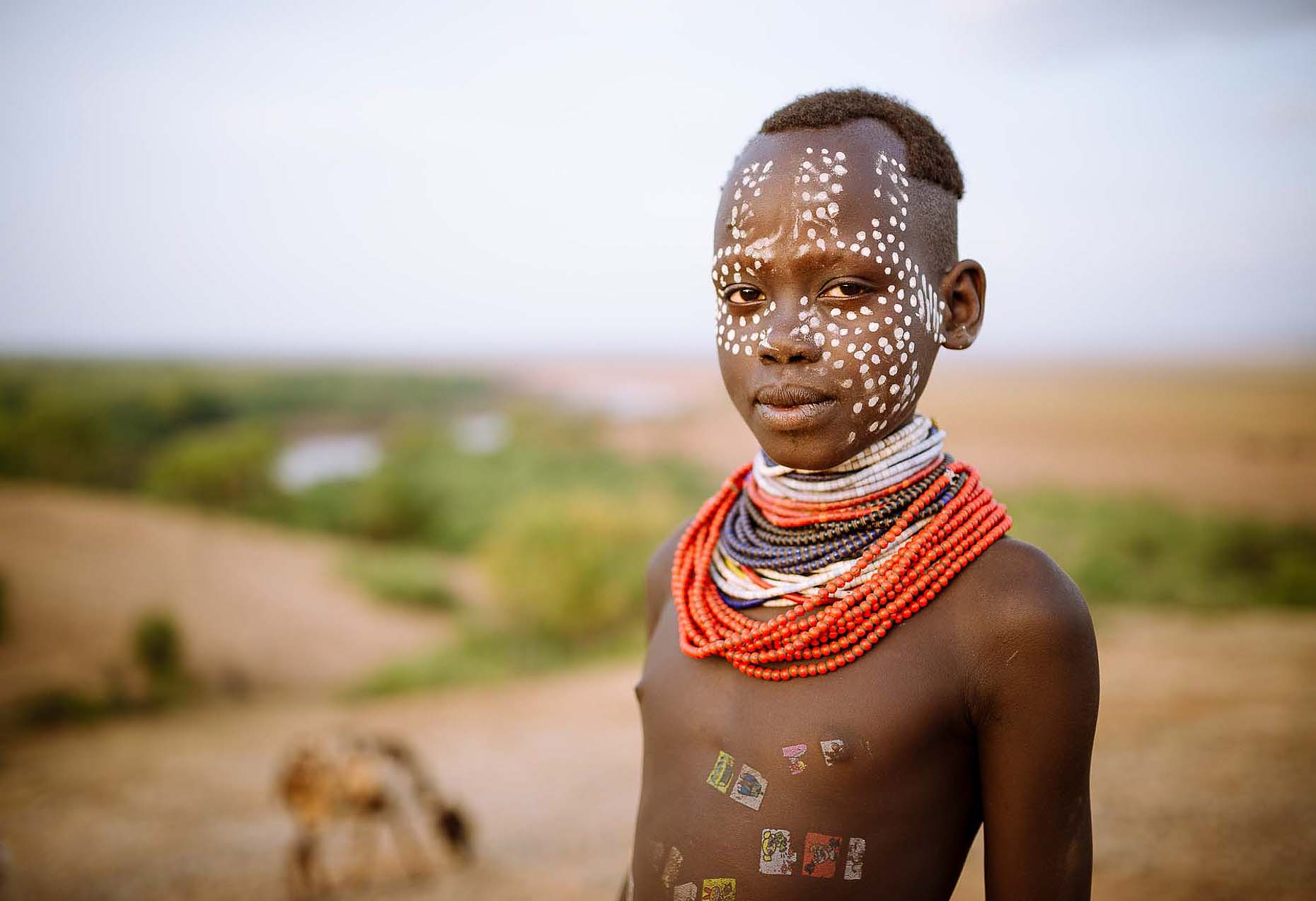 tina-portrait-karo-tribe-korcho-face-paint-omo-valley-ethiopia-24