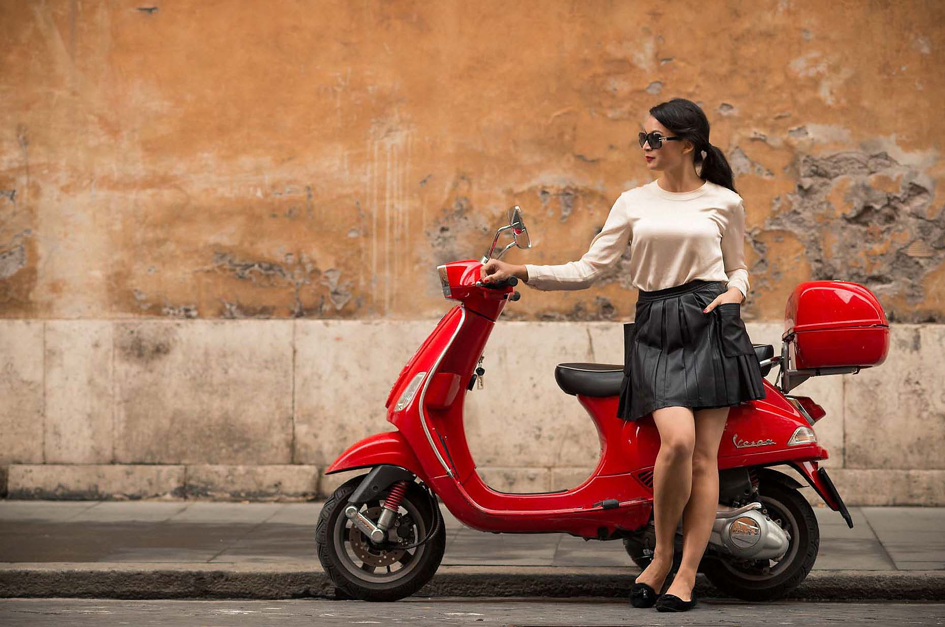 vespa-red-moped-street-rome-italy-beautiful-woman-24